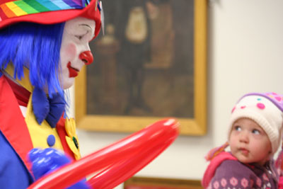 clown and child